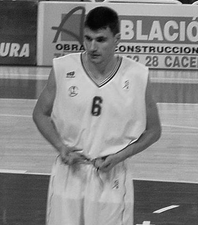 Velimir Perasovic